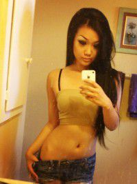 Escort Delfina in Tebingtinggi